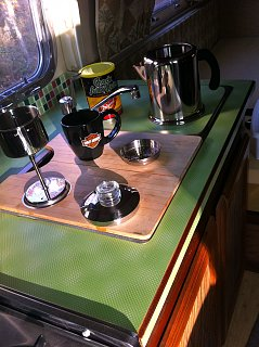 Click image for larger version  Name:Airstream Coffee.jpg Views:374 Size:386.8 KB ID:198413