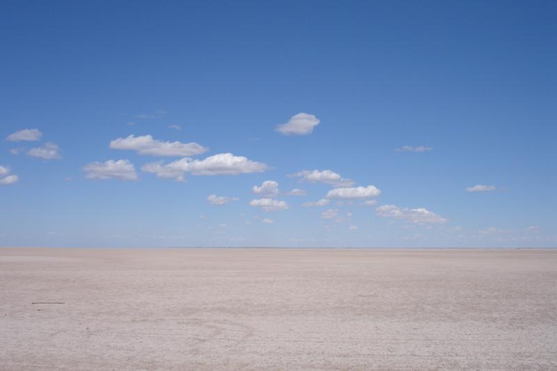 Click image for larger version  Name:Baja salt flats.jpg Views:68 Size:97.8 KB ID:19946