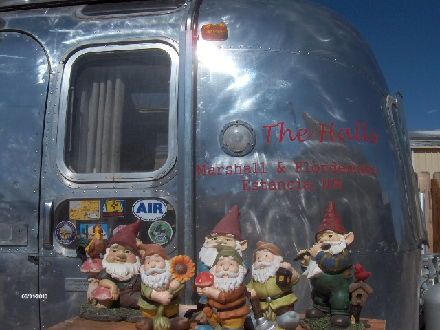 Click image for larger version  Name:Gnomes 006.jpg Views:79 Size:114.4 KB ID:199686