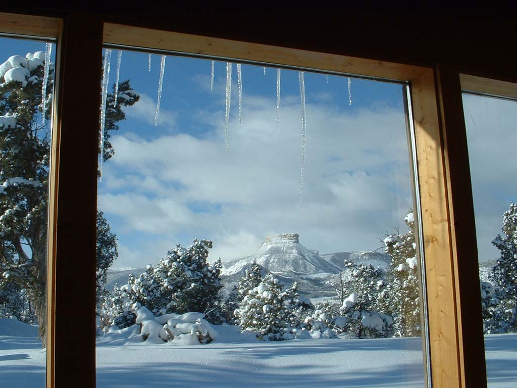 Click image for larger version  Name:the-point-snow-window.jpg Views:65 Size:100.1 KB ID:20061