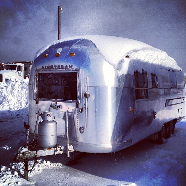 Click image for larger version  Name:airstream street side.jpg Views:141 Size:117.3 KB ID:202249
