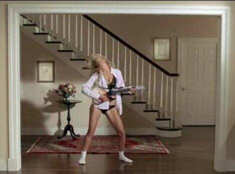 Click image for larger version  Name:Heidi Klum Underwear Spoof.jpg Views:58 Size:21.7 KB ID:202309