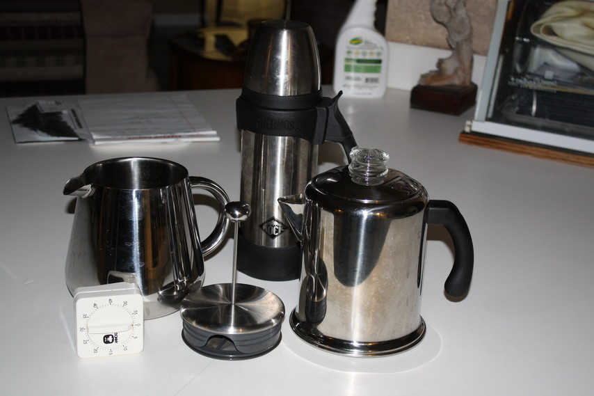 Click image for larger version  Name:coffee makers.jpg Views:83 Size:103.6 KB ID:202808