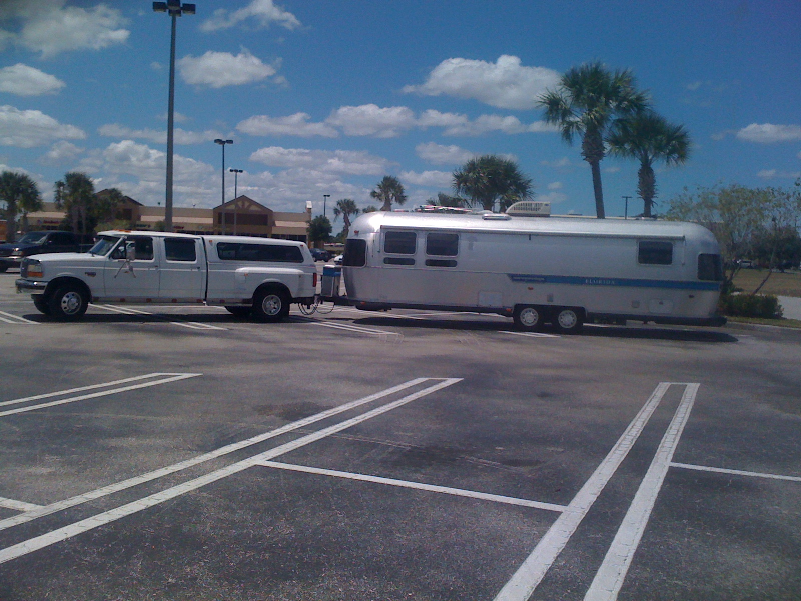 Click image for larger version  Name:Airstream 007.JPG Views:70 Size:699.8 KB ID:203527