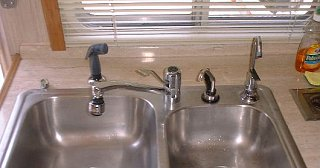 Click image for larger version  Name:42_as sink.jpg Views:317 Size:35.2 KB ID:204