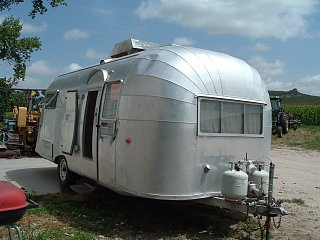 Click image for larger version  Name:2004_0728airstream0022.jpg Views:617 Size:298.8 KB ID:204288