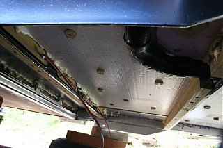 Click image for larger version  Name:IMG_4929 insulation from side-s.jpg Views:119 Size:86.3 KB ID:20487