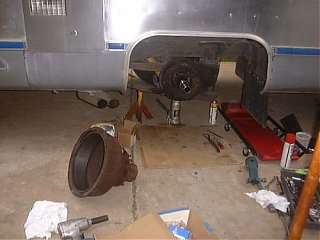 Click image for larger version  Name:rearbrakes.jpg Views:307 Size:28.3 KB ID:2049