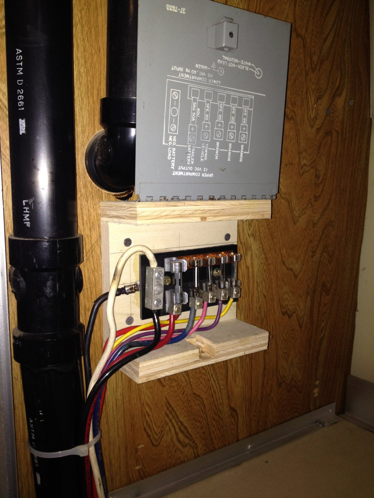 Click image for larger version Name: Fuse box.jpg Views: 411 Size: ...