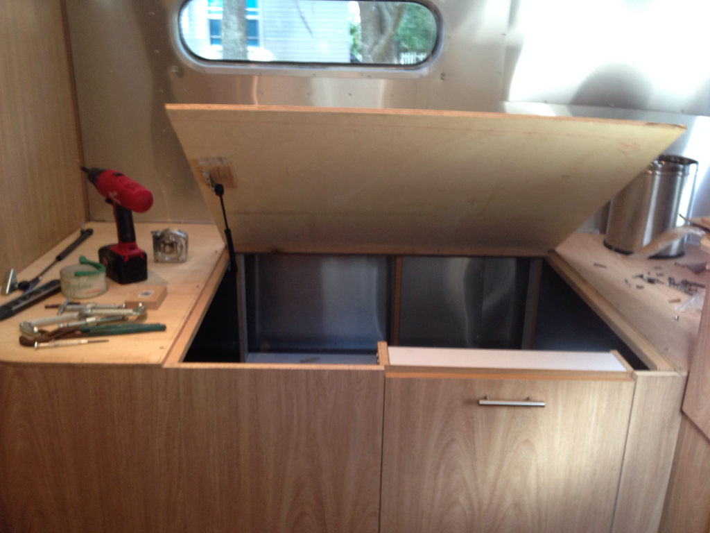 Click image for larger version  Name:ImageUploadedByAirstream Forums1392296568.804818.jpg Views:264 Size:598.6 KB ID:205496