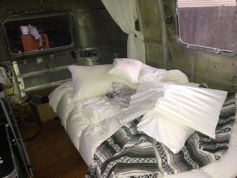 Click image for larger version  Name:small bed.jpg Views:88 Size:201.3 KB ID:205788