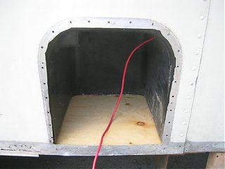 Click image for larger version  Name:Batt compartment w new floor.jpg Views:177 Size:32.8 KB ID:20600