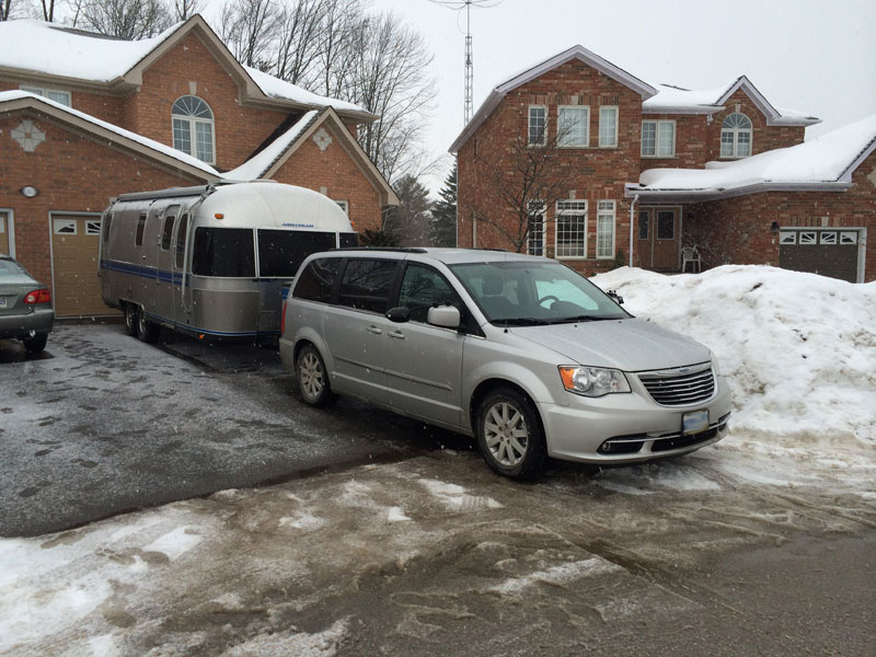 Click image for larger version  Name:winter-driveway.jpg Views:59 Size:124.5 KB ID:206022