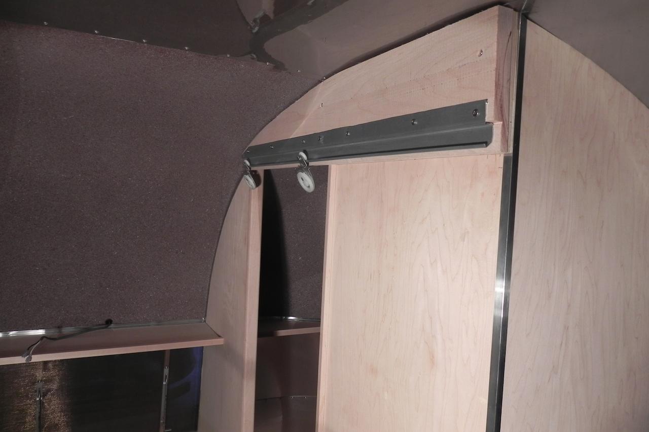 Click image for larger version  Name:bath sliding door.JPG Views:87 Size:549.2 KB ID:206937