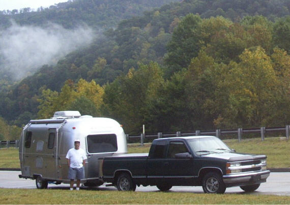 Click image for larger version  Name:truck trailer tom.jpg Views:208 Size:45.1 KB ID:2074