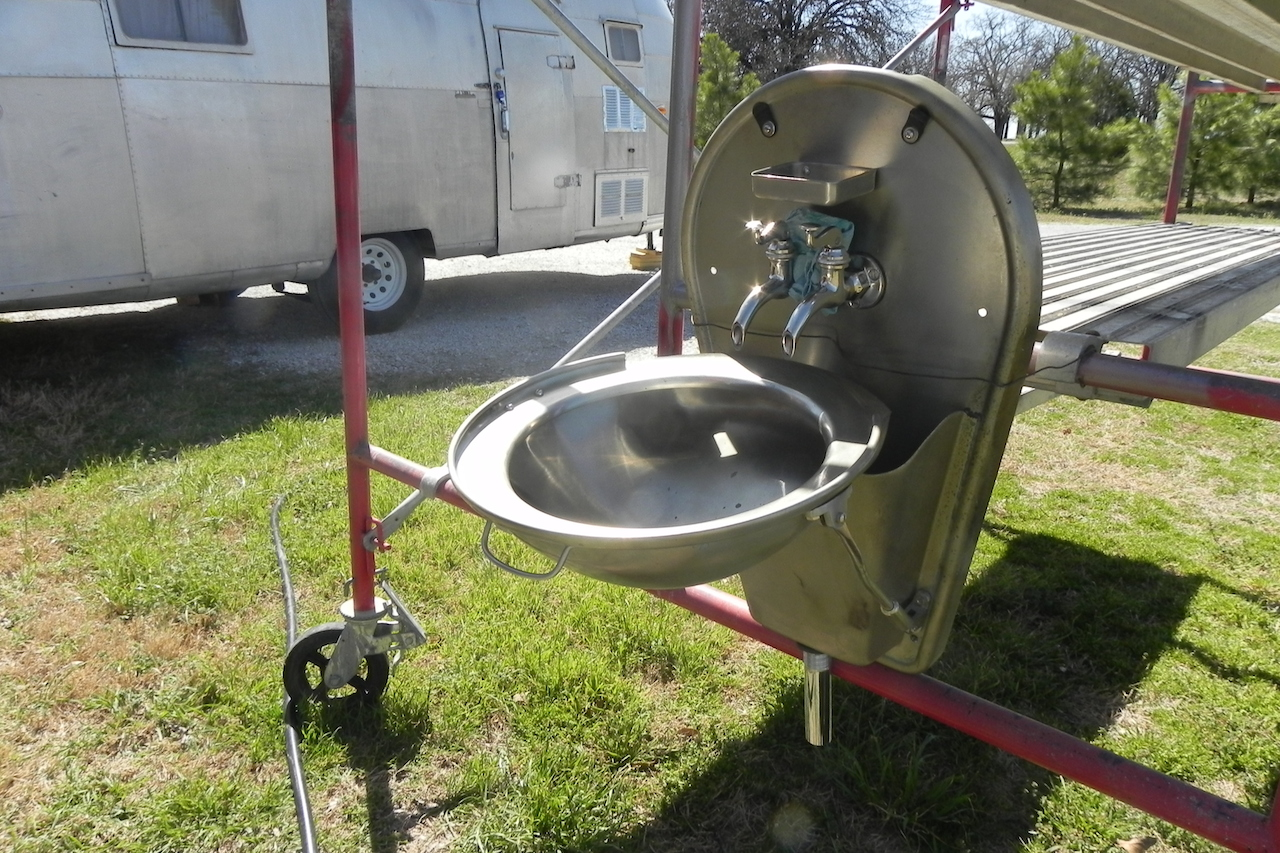 Click image for larger version  Name:Sink leaK TEST.JPG Views:86 Size:735.4 KB ID:207778