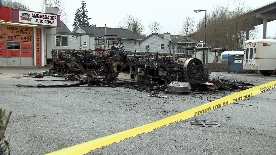 Click image for larger version  Name:Motorhome fire from gas theft..jpg Views:92 Size:357.2 KB ID:207815