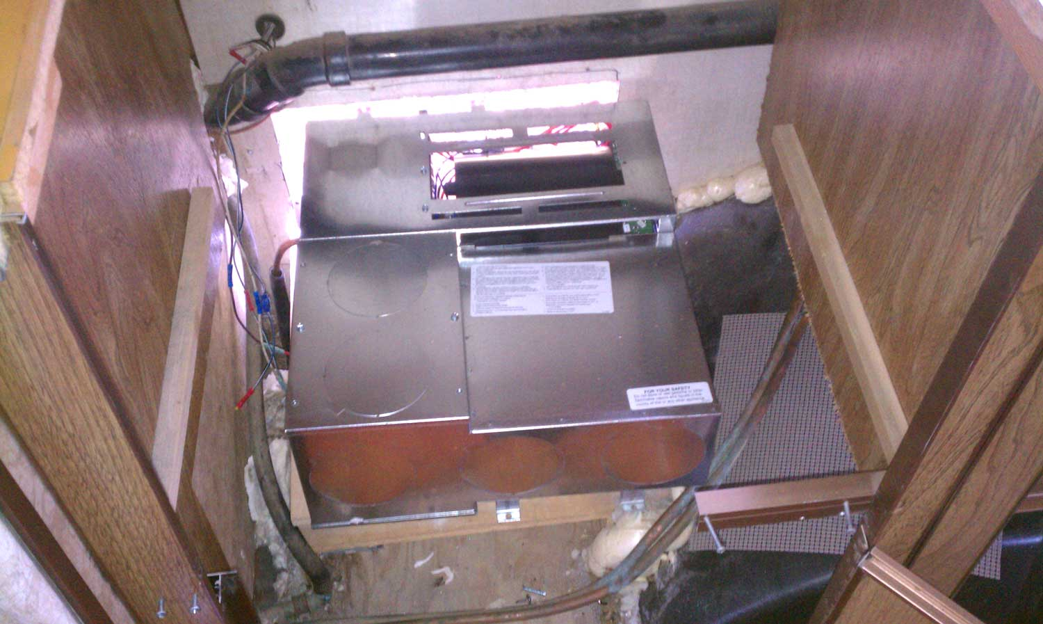 Click image for larger version  Name:2012-11-29 Hinds-furnace-1.jpg Views:65 Size:110.5 KB ID:208870