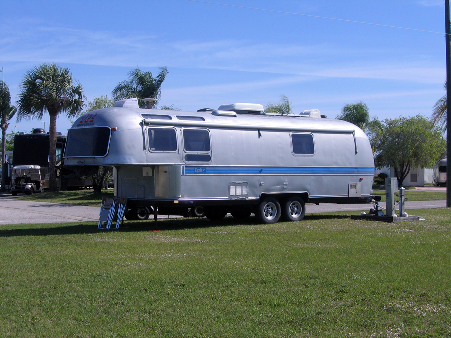Click image for larger version  Name:5thwheel1.jpg Views:261 Size:586.8 KB ID:208945