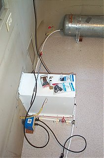 Click image for larger version  Name:water outside and tank.jpg Views:125 Size:108.4 KB ID:21001