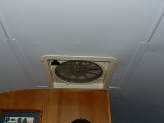 Click image for larger version  Name:0419 ceiling trim 02.jpg Views:107 Size:130.9 KB ID:210014