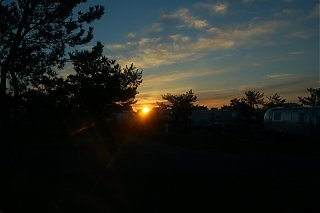 Click image for larger version  Name:East Coast Sunrise.jpg Views:125 Size:59.2 KB ID:21016