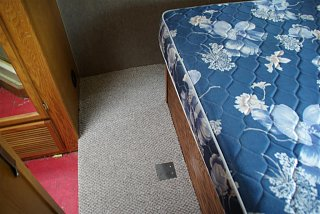 Click image for larger version  Name:bedroom 007 (Large).jpg Views:135 Size:102.8 KB ID:210372