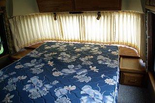 Click image for larger version  Name:bedroom 006 (Large).jpg Views:124 Size:104.1 KB ID:210373