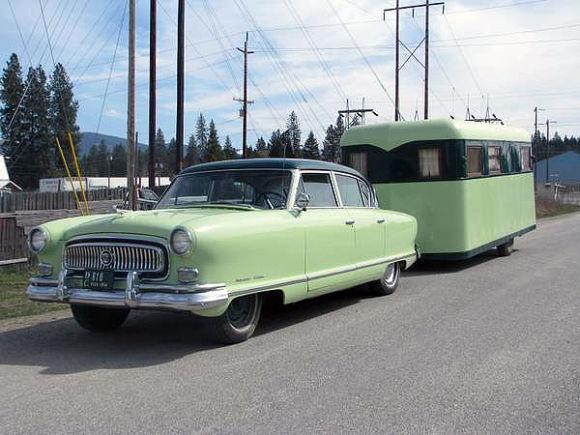 Click image for larger version  Name:1954-Nash-Ambassador-Custom-and-Trailer-For-Sale-Front1.jpg Views:69 Size:81.0 KB ID:210396
