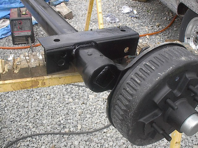Click image for larger version  Name:Dexter axle install 014.jpg Views:212 Size:138.5 KB ID:21081