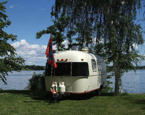 Click image for larger version  Name:camp on columbia web.jpg Views:90 Size:81.9 KB ID:21146