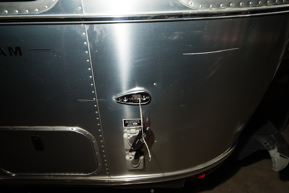 Click image for larger version  Name:Airstream Damage (3 of 3).jpg Views:120 Size:458.0 KB ID:211925