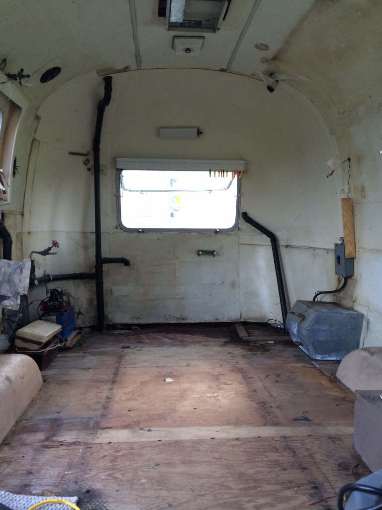 Click image for larger version  Name:ImageUploadedByAirstream Forums1400282218.149841.jpg Views:233 Size:540.7 KB ID:212058