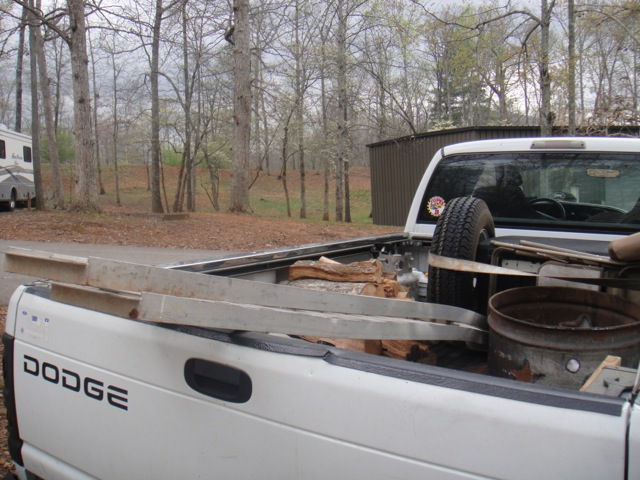 Click image for larger version  Name:ed truck bed.jpg Views:87 Size:115.5 KB ID:212703
