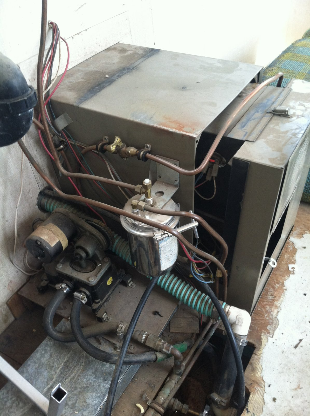 Click image for larger version  Name:furnace.jpg Views:83 Size:314.2 KB ID:213032