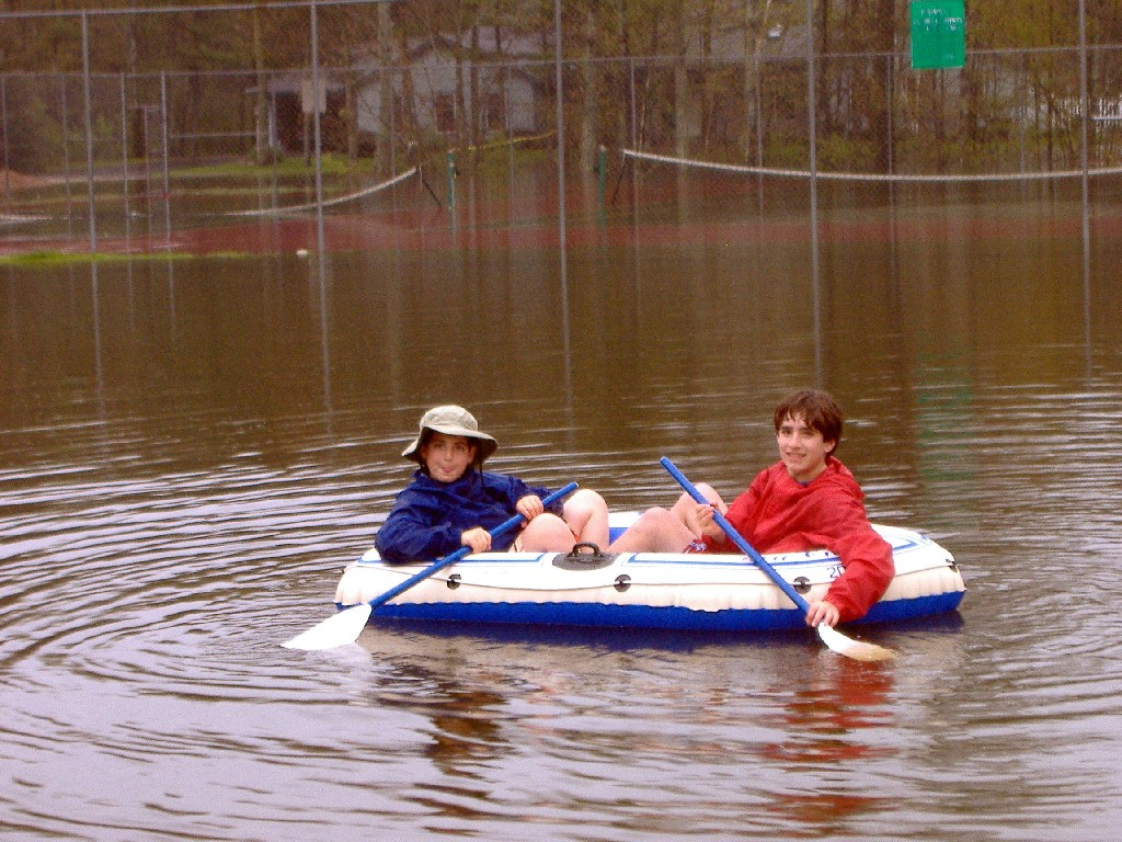 Click image for larger version  Name:flood99.jpg Views:67 Size:285.7 KB ID:21305