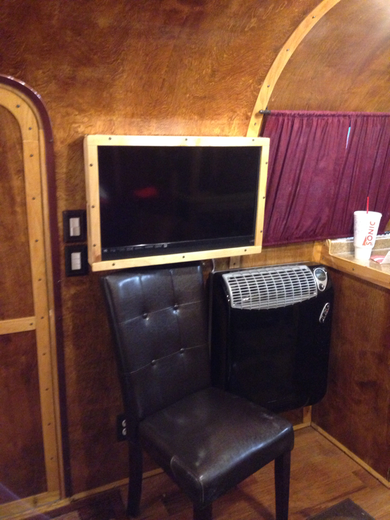 Click image for larger version  Name:ImageUploadedByAirstream Forums1401509921.624676.jpg Views:93 Size:790.6 KB ID:213191