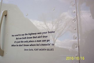 Click image for larger version  Name:steve earle.jpg Views:77 Size:29.8 KB ID:213910
