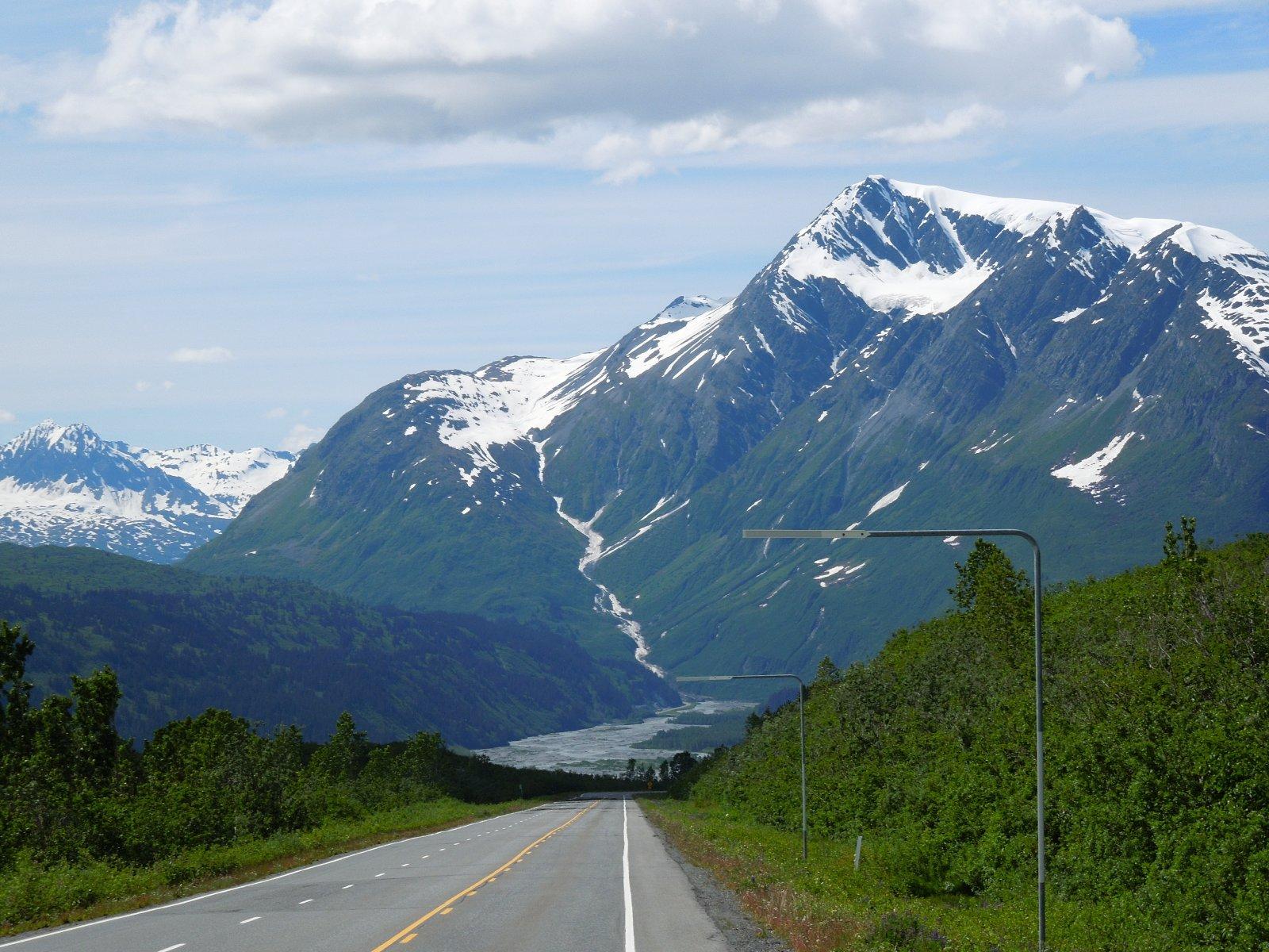 Click image for larger version  Name:Glennallen to Valdez 094.jpg Views:63 Size:354.8 KB ID:215339