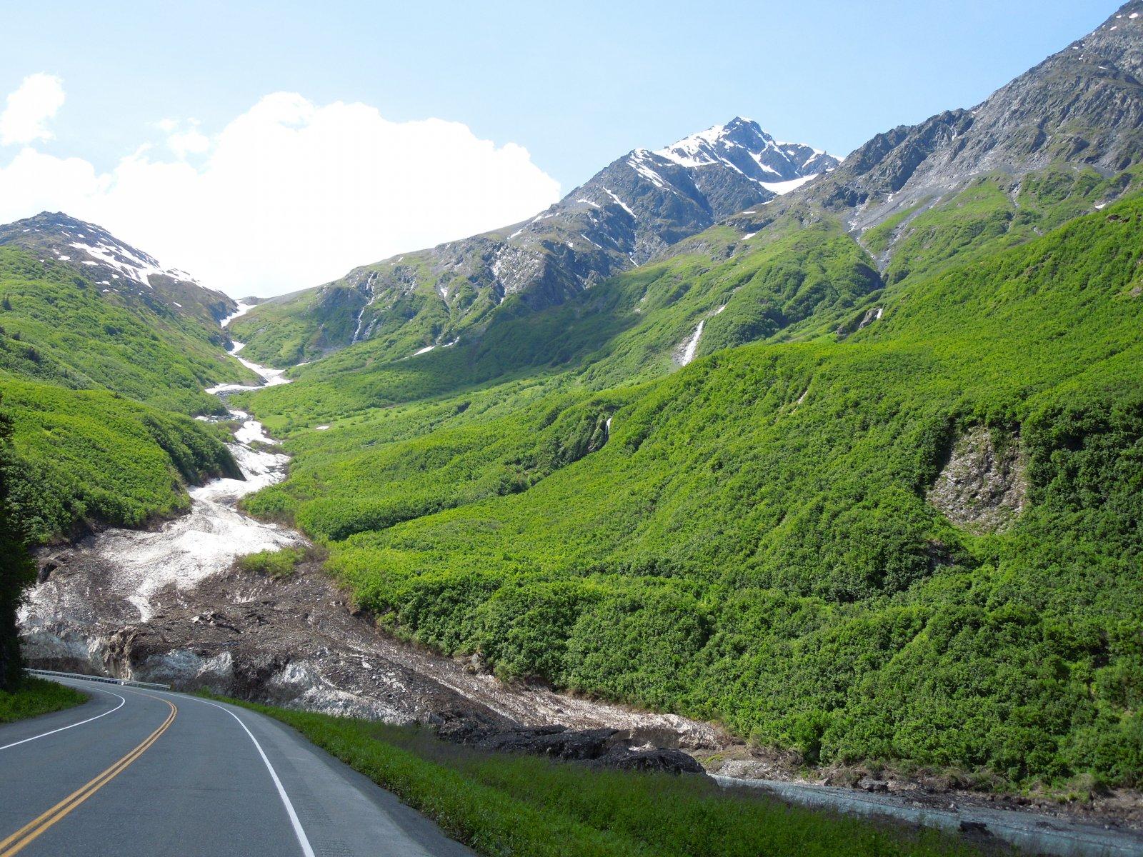 Click image for larger version  Name:Glennallen to Valdez 100.jpg Views:54 Size:541.8 KB ID:215340