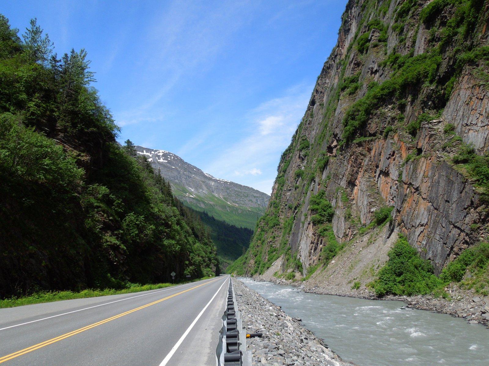 Click image for larger version  Name:Glennallen to Valdez 118.jpg Views:50 Size:464.9 KB ID:215352