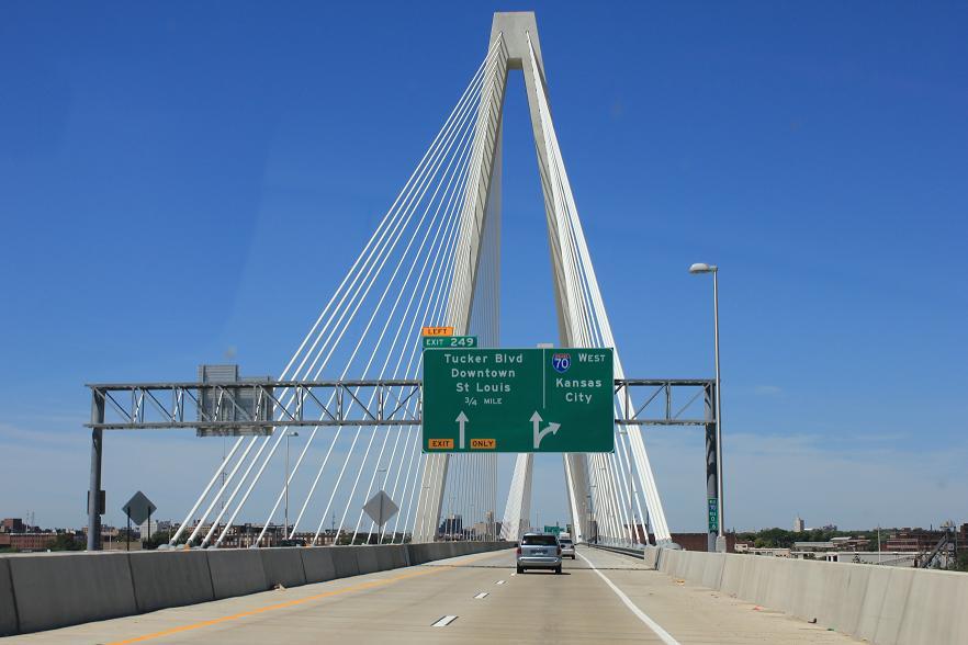 Click image for larger version  Name:bridge.jpg Views:108 Size:76.9 KB ID:215406