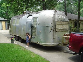 Click image for larger version  Name:1964 Airstream Overlander 012 sm.jpg Views:861 Size:154.9 KB ID:21567