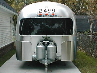 Click image for larger version  Name:airstream rock guards 014.jpg Views:897 Size:88.1 KB ID:2158