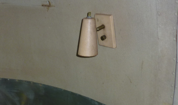 Click image for larger version  Name:AS-sconce.jpg Views:85 Size:110.4 KB ID:215803