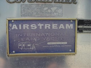 Click image for larger version  Name:1964 Airstream Overlander 050 sm.jpg Views:1571 Size:102.3 KB ID:21592