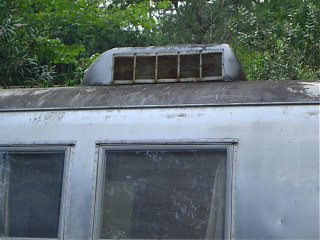 Click image for larger version  Name:1964 Airstream Overlander 067sm.jpg Views:112 Size:95.8 KB ID:21610