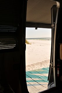 Click image for larger version  Name:Beach View-a.jpg Views:134 Size:157.4 KB ID:216999