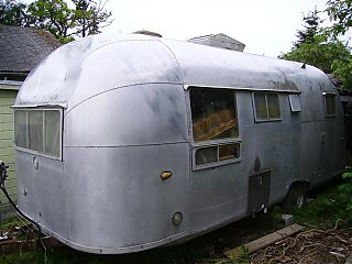 Click image for larger version  Name:airstream 57 006 (Small).jpg Views:63 Size:53.0 KB ID:21839