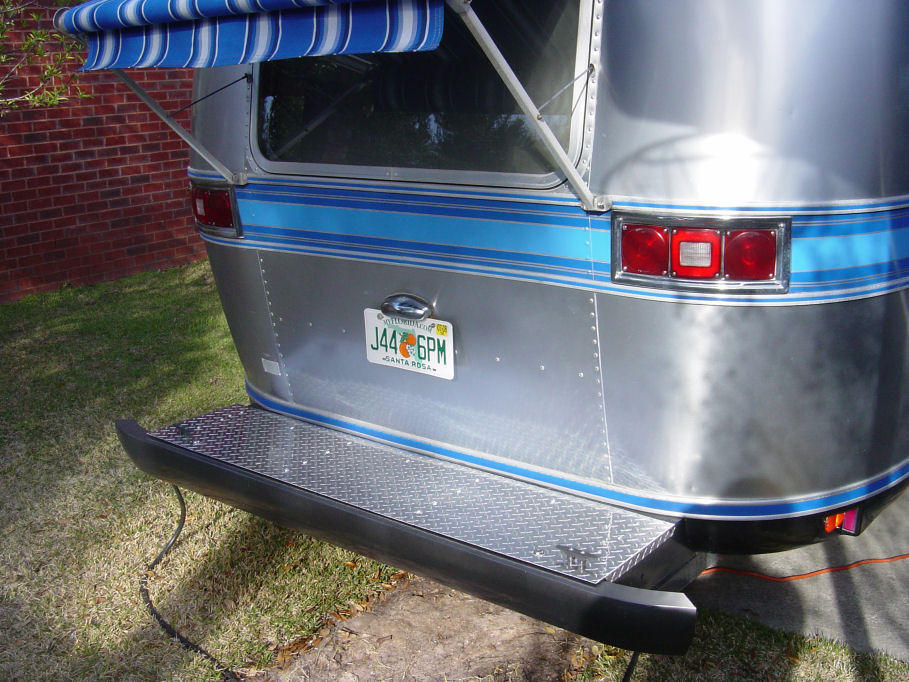 Click image for larger version  Name:decklid.jpg Views:81 Size:163.3 KB ID:218926